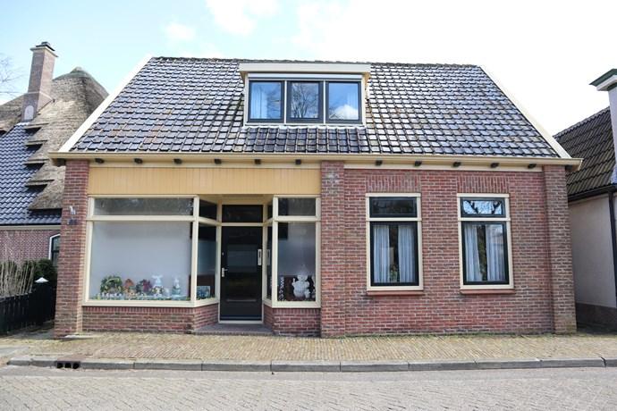 Dorpsstraat 105, Warmenhuizen