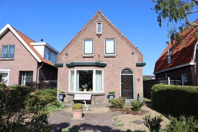 Dorpsstraat 88, Warmenhuizen